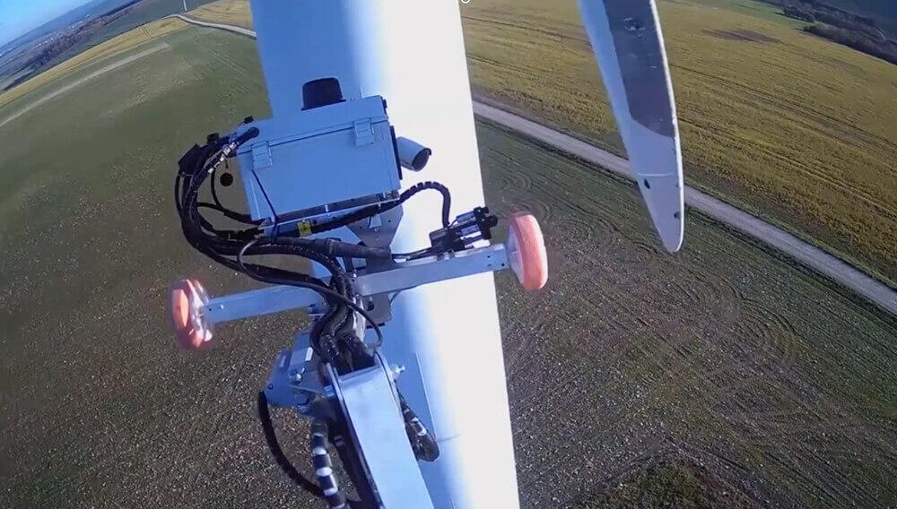 Aerones Services Bladebot windmolen windturbine