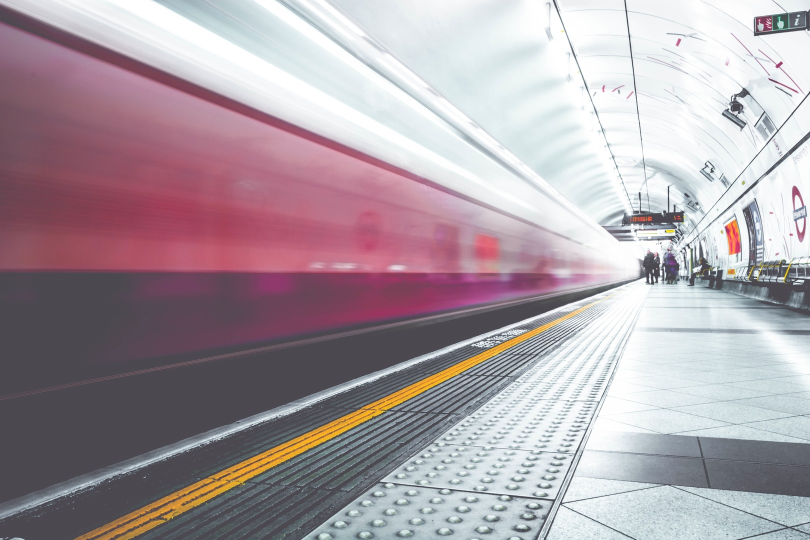 trein tram stad verkeer transport logistiek mobiliteit